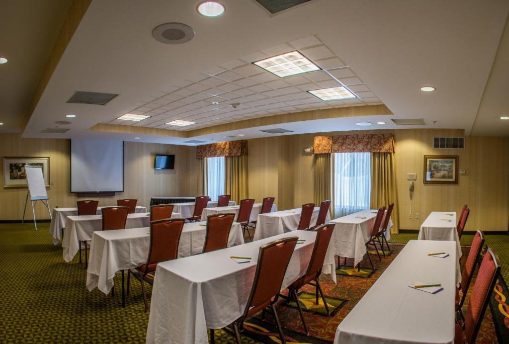 Hilton Garden Inn Elkhart Elkhart Online Booking Viamichelin