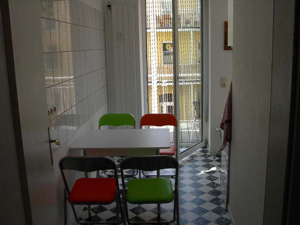 pension domicil leipzig online booking viamichelin. Black Bedroom Furniture Sets. Home Design Ideas