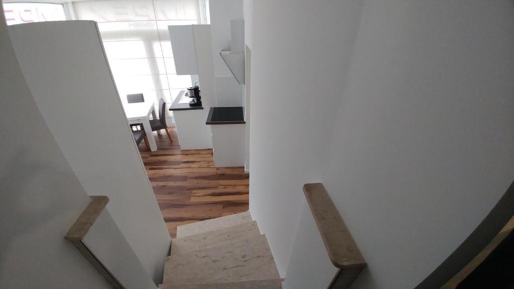 Camere Da Letto Jesse.Appartamento Jesse Appartamenti Darmstadt