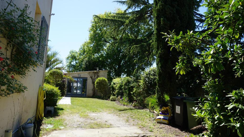 Chambre d'hôtes AU-80, Chambre d'hôtes Bordeaux on