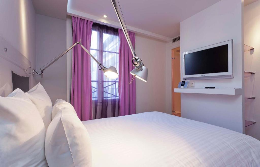 Color design hotel paris informationen und buchungen for Color design hotel paris