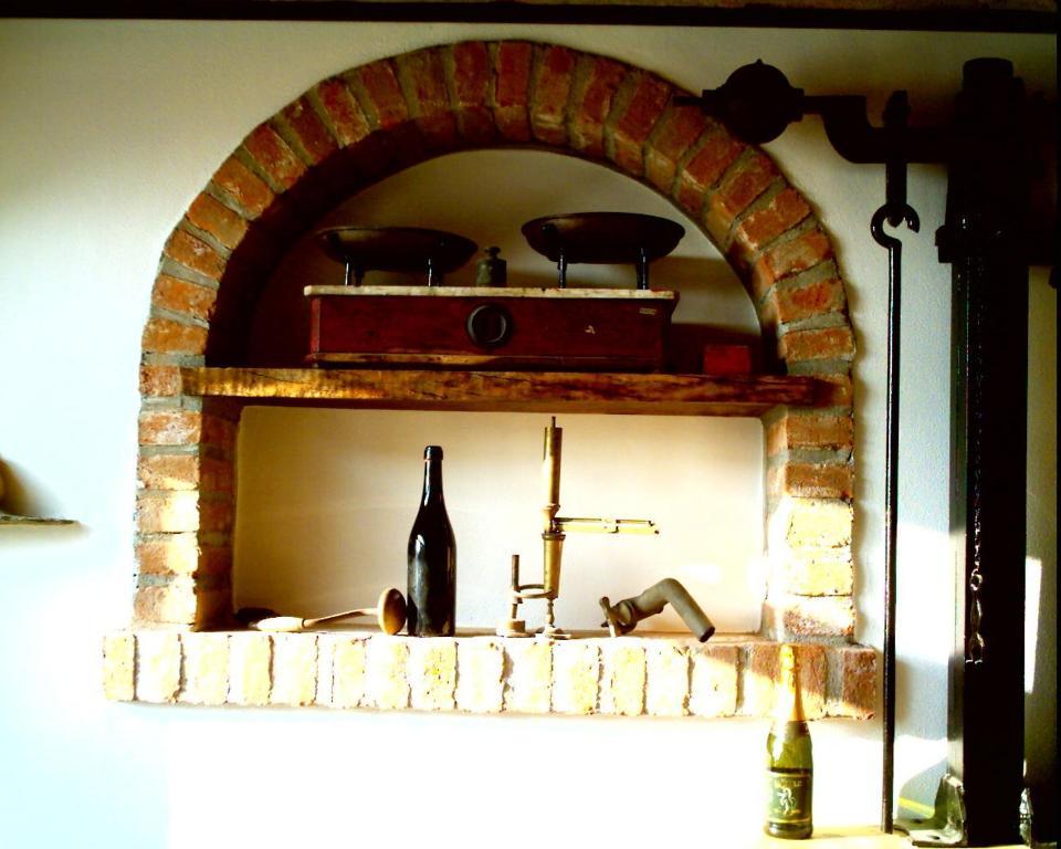 Agriturismo vecchio torchio canelli prenotazione on for Piani di fattoria con stanza bonus