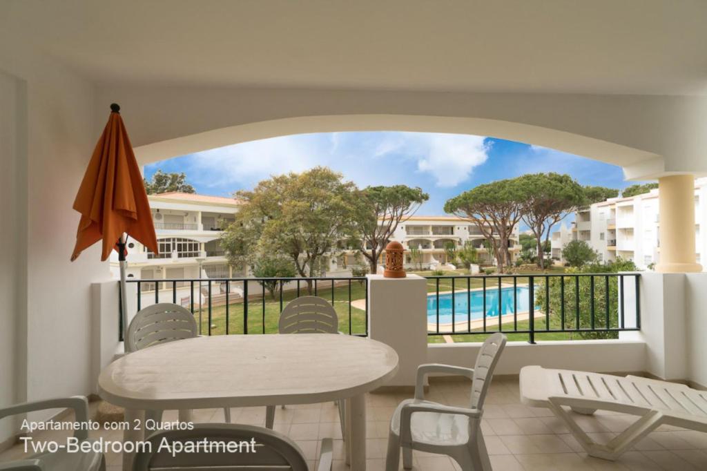 99 160 EUR Night 3 Apartments
