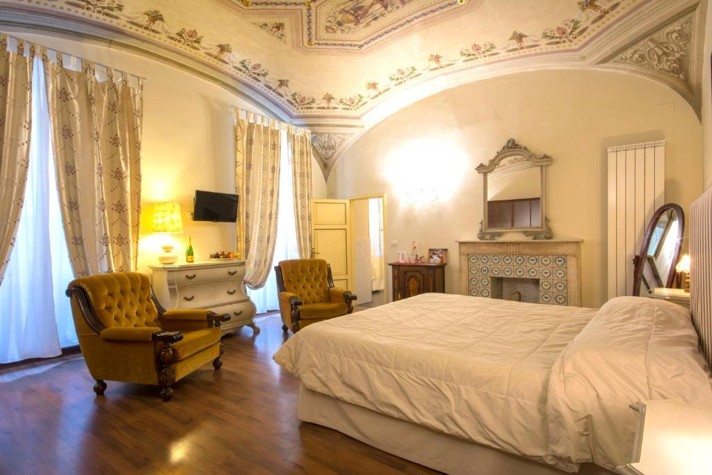 B B Pantaneto Palazzo Bulgarini Chambres D Hotes Sienne