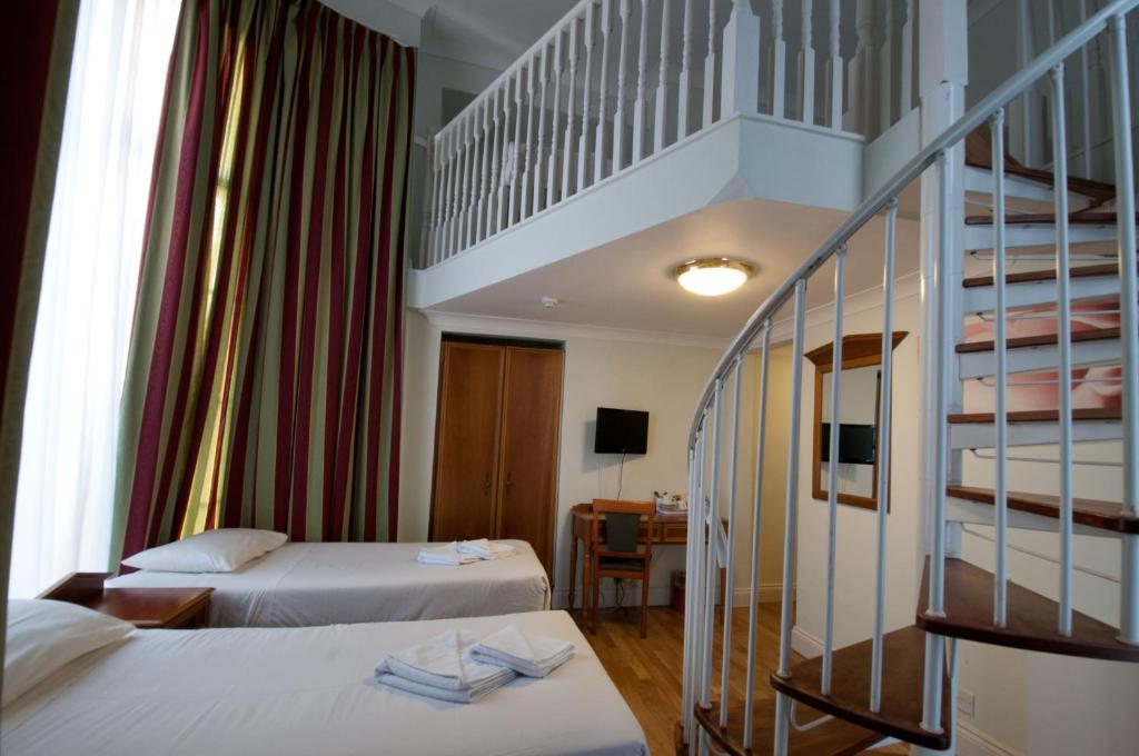 Royal Eagle Hotel - Londra - prenotazione on-line - ViaMichelin