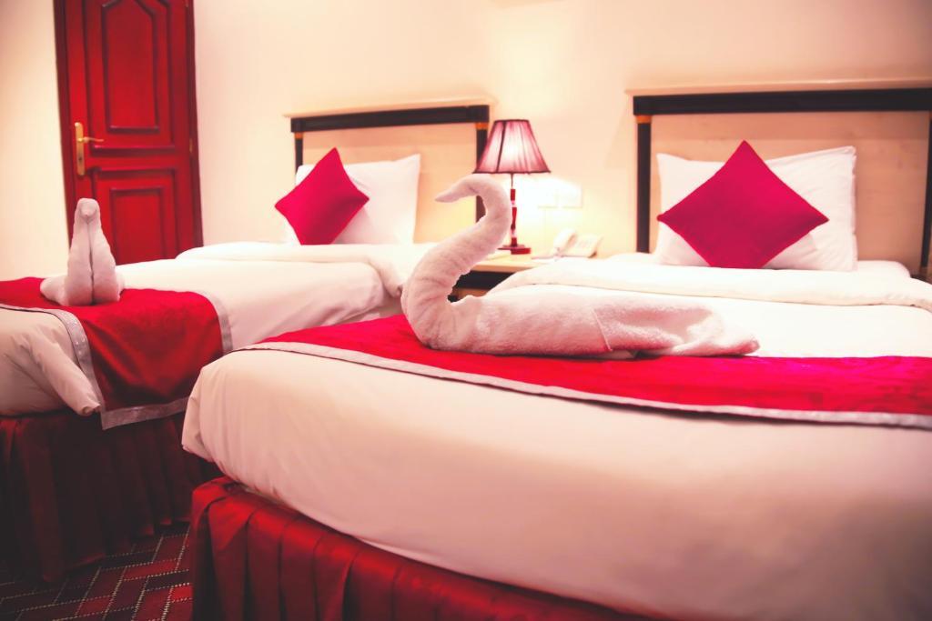 crystal palace hotel doha r servation gratuite sur viamichelin. Black Bedroom Furniture Sets. Home Design Ideas