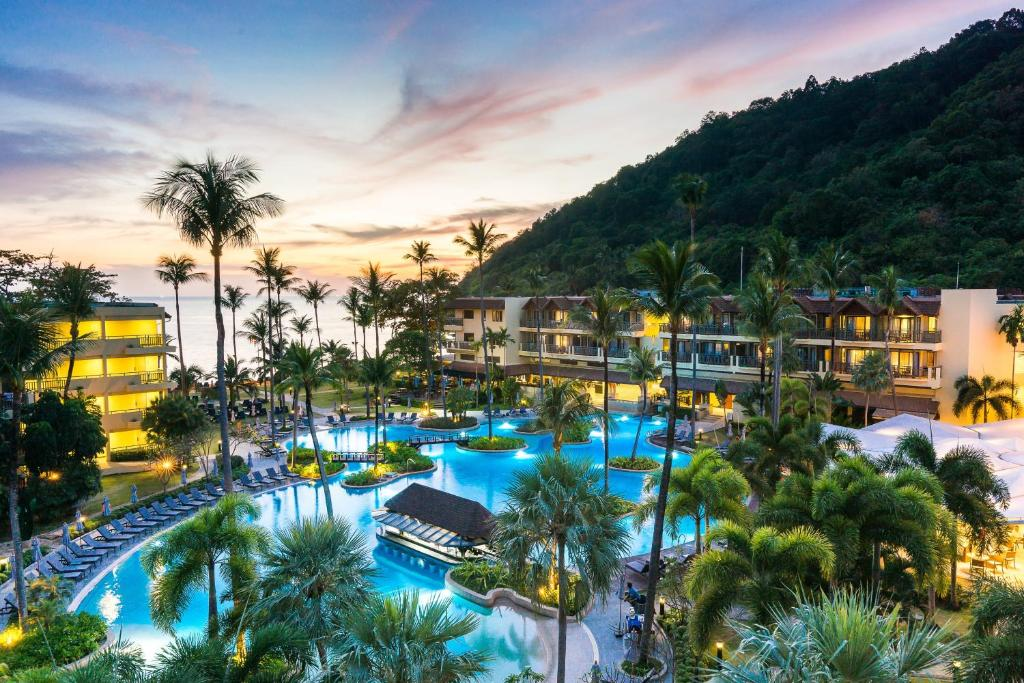 Et Marriott Resort Spa Merlin Beach Holiday Residences Patong