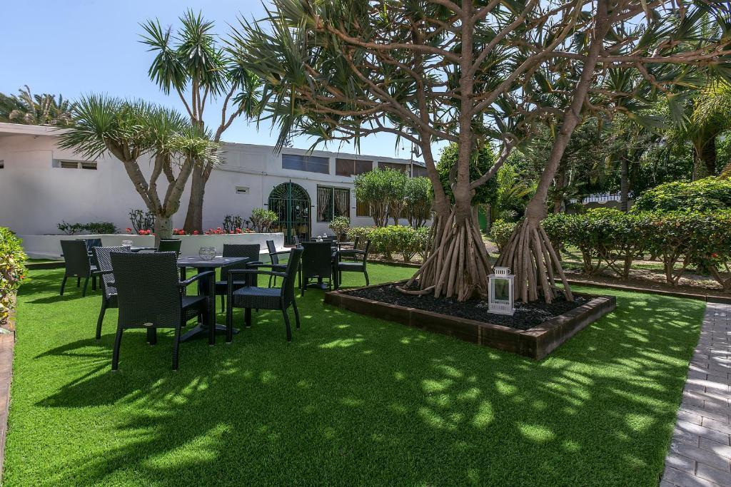 Hotel Rey Carlos In Playa Del Ingles