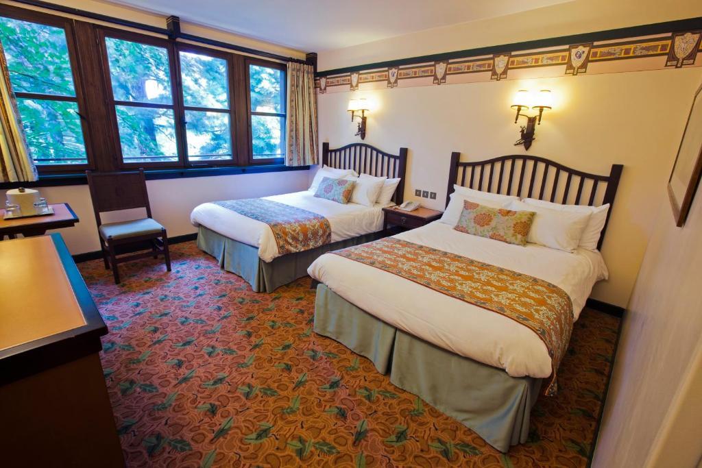 Camere Disneyland Hotel : Hotel disney s sequoia lodge disneyland