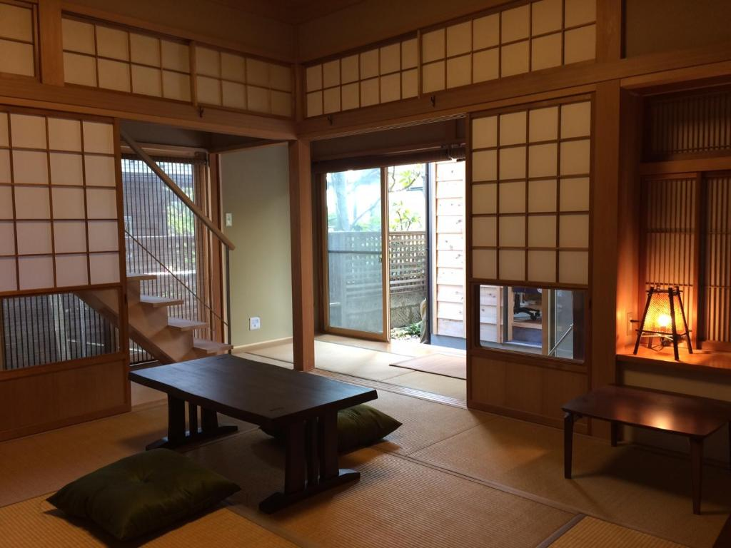 GuestMaison Kamakura Zen-ji - Chambres d\'hôtes à Kamakura ...