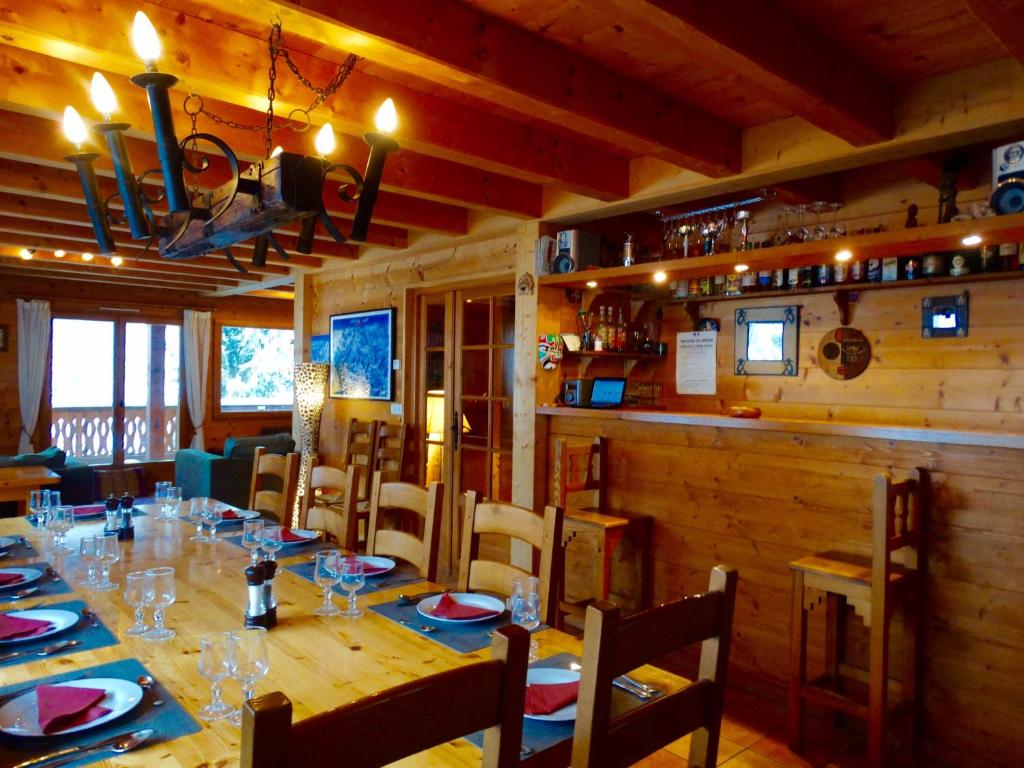 Bed & breakfast chalet shufu bed & breakfast saint jean daulps