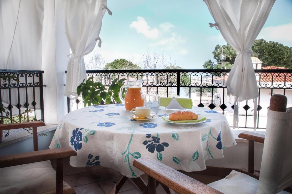 Una Terrazza sul Mare, Bed & Breakfasts Gaeta