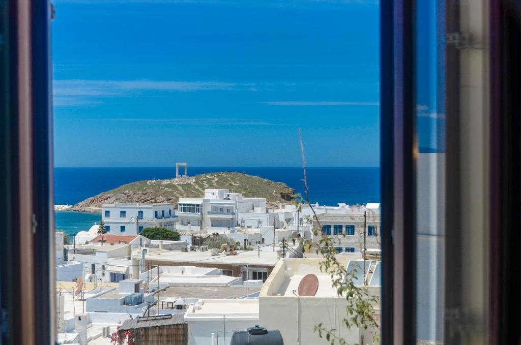 Car Rental Naxos Port