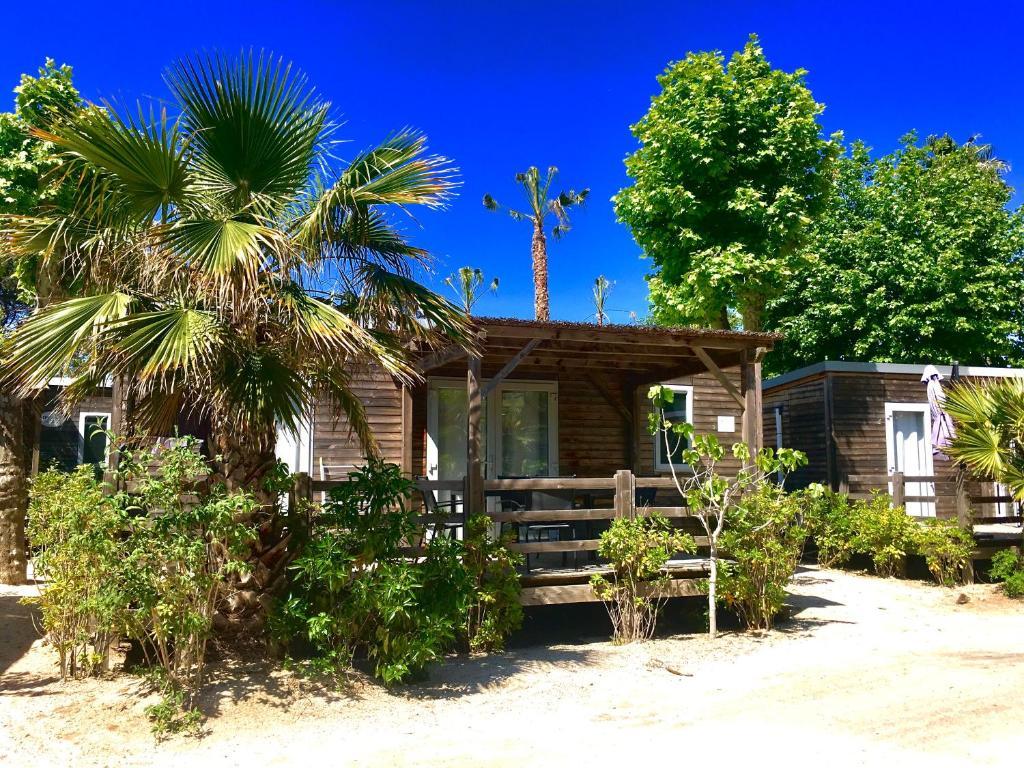 Mobilheim Kaufen Port Grimaud : Rent paradise camping in grimaud in le var km von saint
