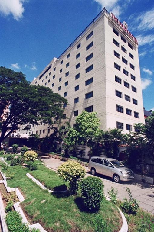 The Pride Hotel Chennai 216 E V R Periyar Salai Poonamallee High Road Kilpauk