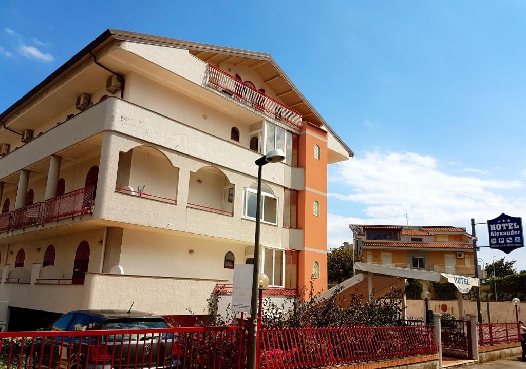 Hotel alexander giardini naxos informationen und - Hotel alexander giardini naxos ...