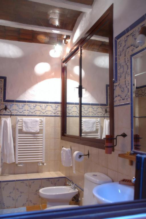 Casa Rural Piscina Climatizada Y Sauna Alquilere Grazalema