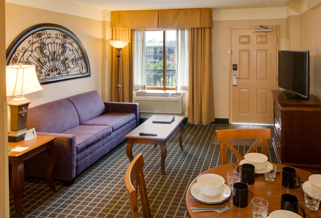 Quality Suites Orlando Kissimmee The Royale Parc Suites: TODAY`s ...