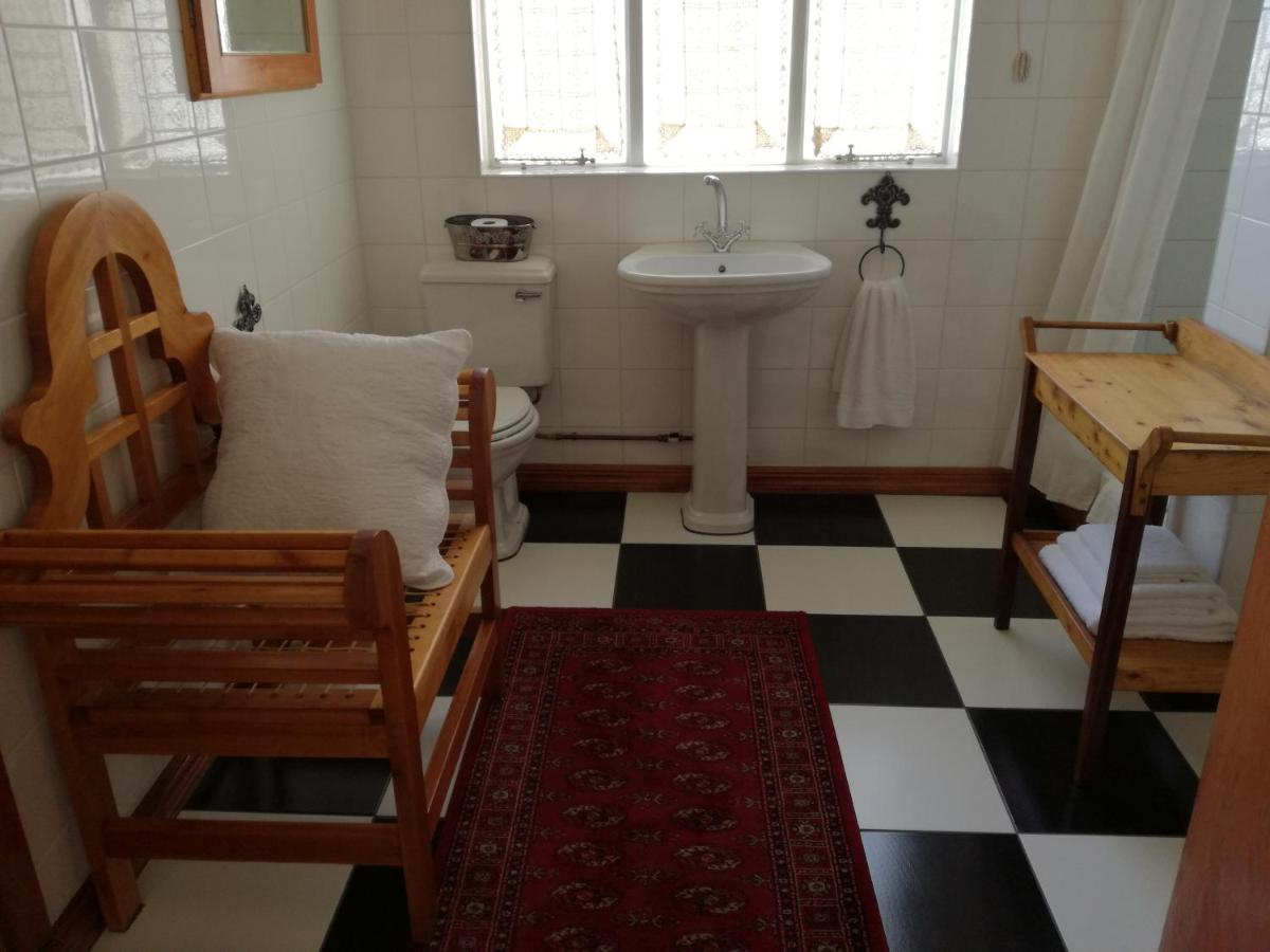 29onTait Guest House-photo21