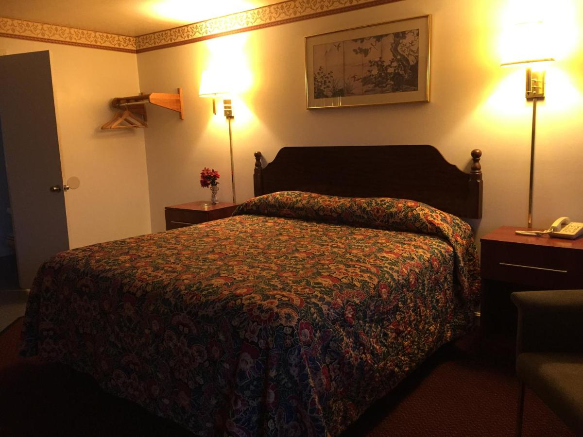 Valley Motel Pittsburgh: TODAY`s deals • Harmarville • TodayTourism