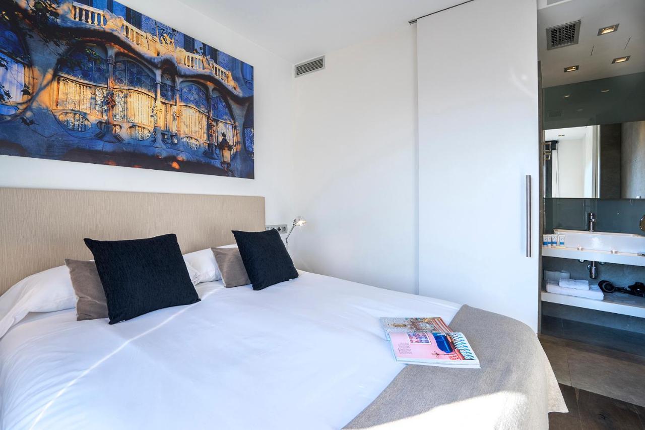 Camere Familiari Barcellona : Friendly rentals palau barcelona hotel barcellona centro