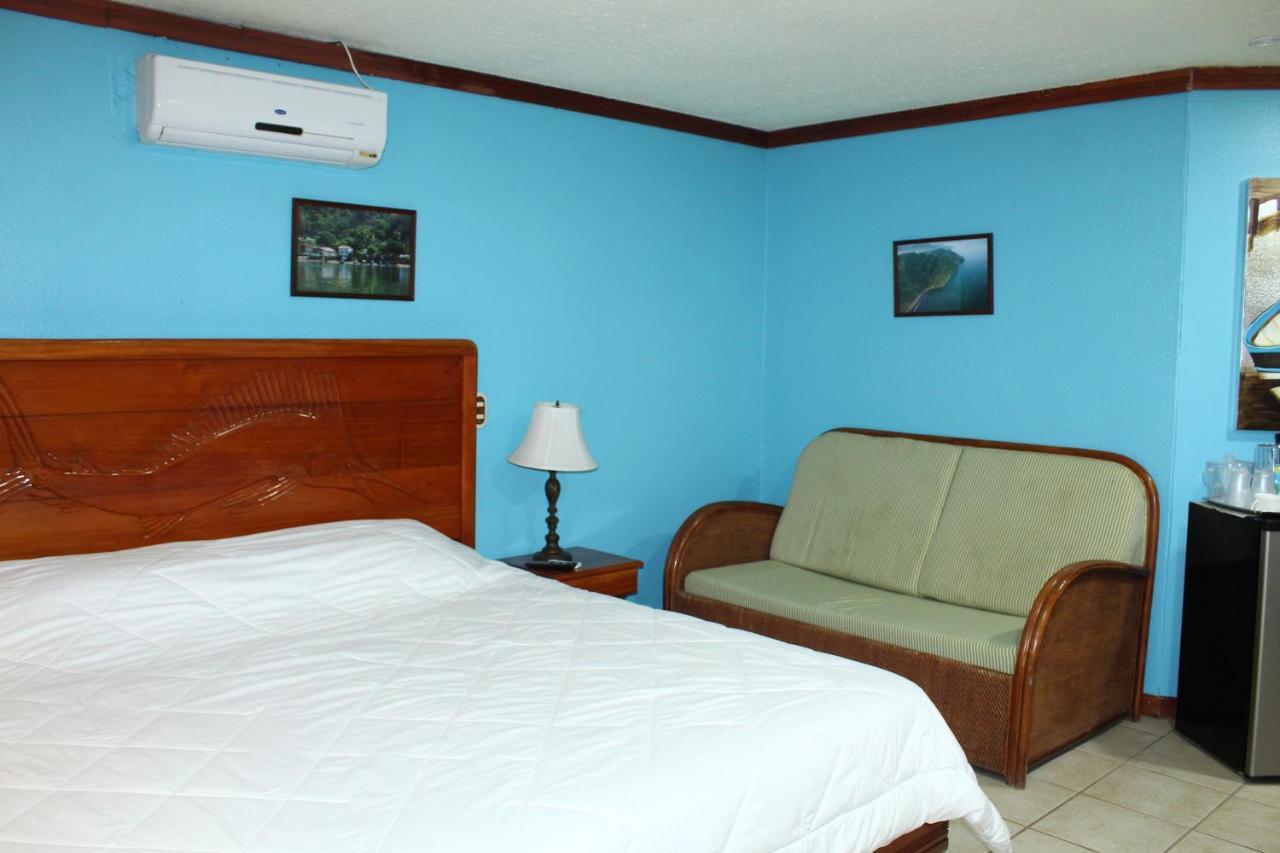Fish Hook Marina Hotel-photo26