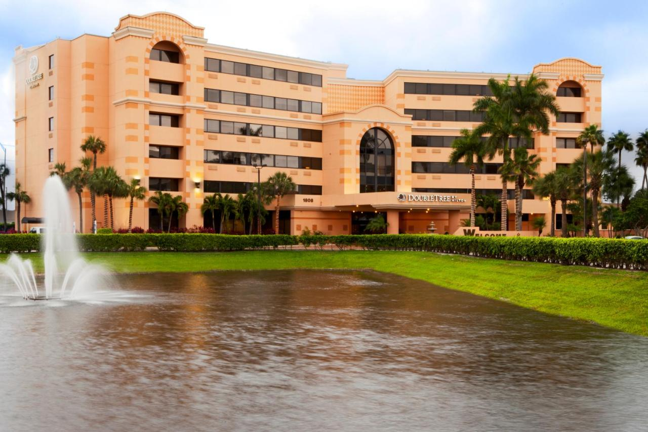 DoubleTree by Hilton West Palm Beach Airport: TODAY`s deals • West ...