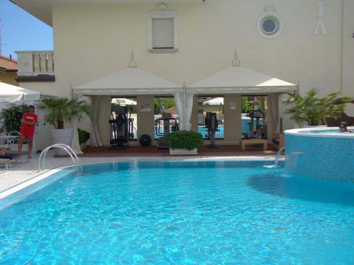 Bagno Conchiglia Cervia : Hotel conchiglia charme relax cervia hotel milano marittima