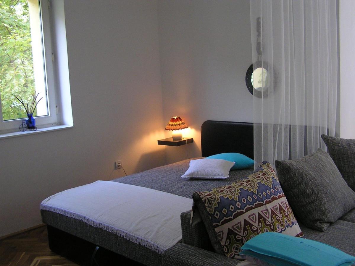 Belvárosi Studio Apartman-photo26