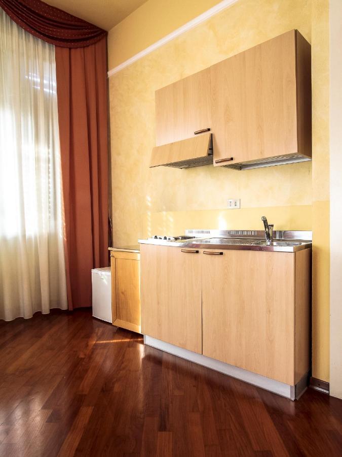 Hotel Soggiorno Athena   Pisa   Alberghi Cagliari