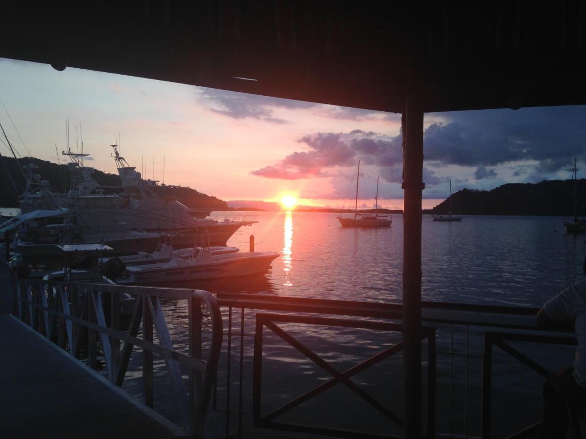 Fish Hook Marina Hotel-photo37