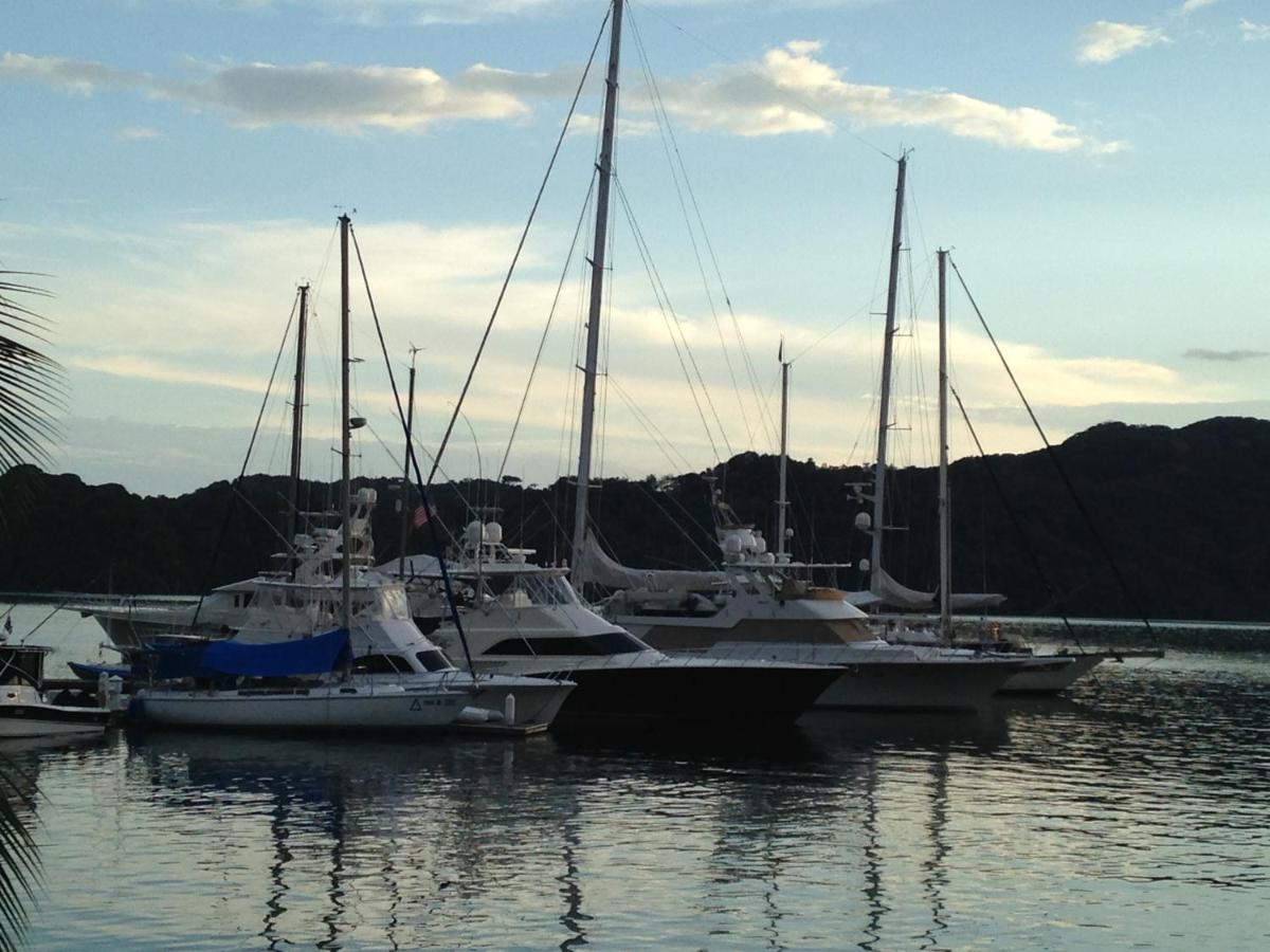 Fish Hook Marina Hotel-photo54