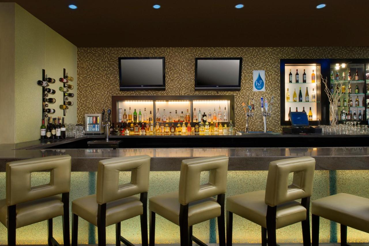 DoubleTree by Hilton Chattanooga Downtown: TODAY`s deals ...
