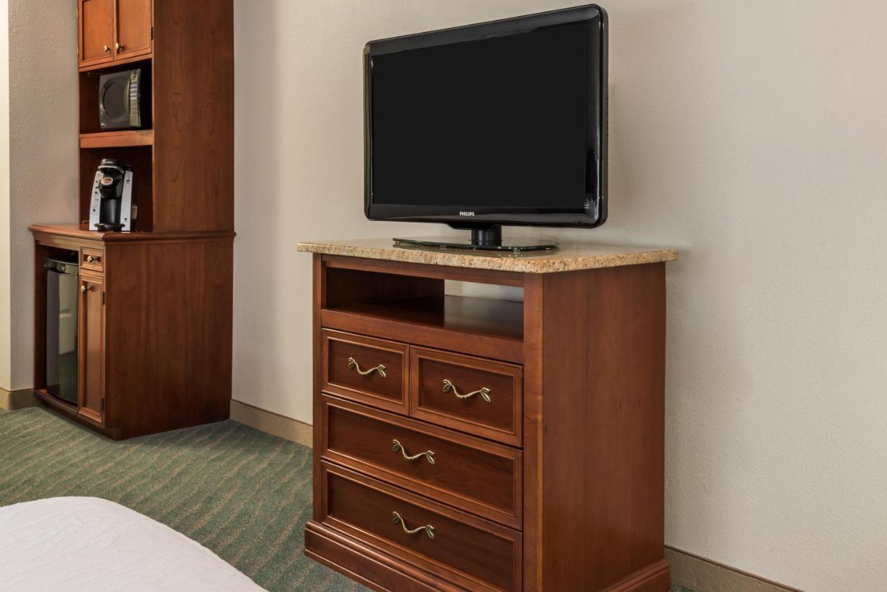 Hilton Garden Inn Orlando International Drive North: TODAY`s deals ...