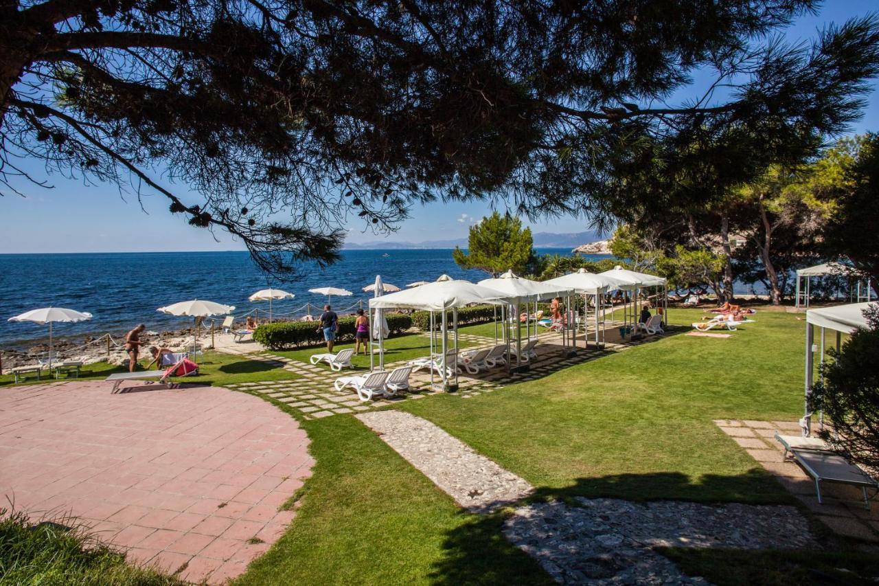 Hotel Ristorante Calamosca   Cagliari   Beach Hotels in Sardinia ...