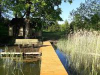 Domek na Skraju Wsi, Chaty v prírode - Konopki Wielkie