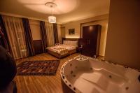 Hill River Hotel, Hotel - Agva