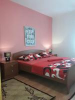 Apartment Leonarda, Apartments - Split