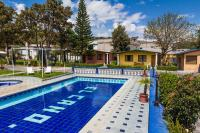 El Cano, Hotels - Guaillabamba