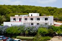 Hostal Alocs, Affittacamere - Playa d'Es Figueral