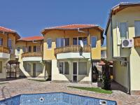 Two-Bedroom Holiday Home in Balchik, Case vacanze - Karvuna