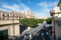 San Carlo Suites, Bed and breakfasts - Noto