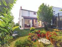 Two-Bedroom Holiday home with Sea View in Fazana, Dovolenkové domy - Fažana