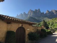 Montserrat La Calsina, Country houses - Monistrol