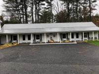 Grady's West Shore Motel
