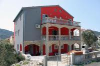 Apartment Vinisce 4886b, Ferienwohnungen - Vinišće