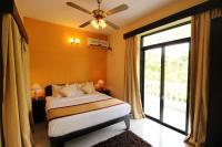 OYO Home 10798 Premium Studio Paroda, Апартаменты - Sirvoi