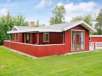 Holiday Home Astrup, Дома для отпуска - Øster Grønning