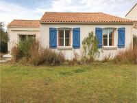 Three-Bedroom Holiday Home in La Tranche sur Mer, Ferienhäuser - La Tranche-sur-Mer