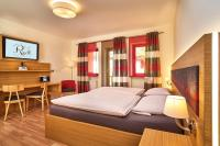Landgasthof Riedl, Hotels - Hohenau